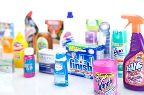 olika typer av rengöringsmedel och hur de används för en effektiv rengöring